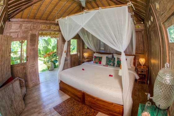 Samavesa-Bali-Yoga-Retreat-The-Shala9