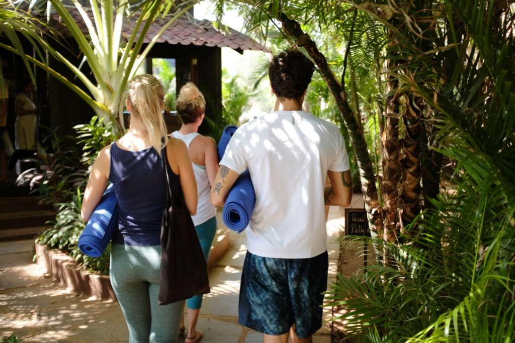 10 Reason To Go On A Yoga Retreat Margherita Dal Pra Yoga Lifestyle